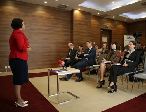 """OLTENASUL.ro – Şcoala Româno-Britanică a lansat """"Ghidul pentru învăţătorii care inspiră"""""""